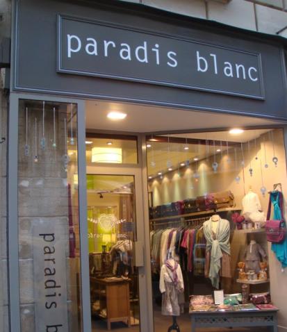 Création du site e-commerce, accompagnement stratégique et opérationnel, référencement, social media pour ParadisBlanc